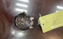 Trao lại đồng hồ trị giá khoảng 40.000USD cho người đàn ông để quên ở sân bay
