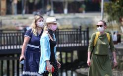 Thành lập Tổ công tác giám sát, yêu cầu đeo khẩu trang đối với du khách nước ngoài khi vào thành phố Hội An