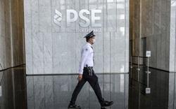 Chứng khoán Philippines giảm tới 24% khi mở cửa trở lại sau 2 ngày ngừng giao dịch