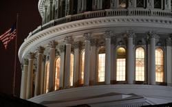 Thượng viện Mỹ xúc tiến chi hàng nghìn tỷ đô đối phó Covid-19