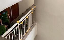 Phong tỏa, khám nghiệm hiện trường nơi Tiến sĩ Bùi Quang Tín rơi lầu tử vong