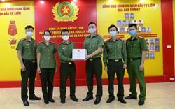 Thứ trưởng Bộ Công an tặng quà chiến sỹ nơi tuyến đầu chống dịch Covid-19