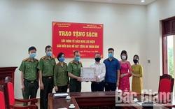 Thư viện tỉnh Bắc Giang hưởng ứng Ngày Sách Việt Nam
