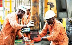 Giá dầu đang tiếp tục sụt giảm trầm trọng hơn