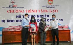 Trao tặng 14 tấn gạo cho người nghèo, hoàn cảnh khó khăn do ảnh hưởng của dịch Covid-19 tại Đà Nẵng