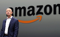 Bị buộc quay lại chèo lái Amazon, Jeff Bezos đã làm gì để