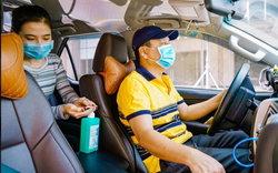 Chống dịch Corona: Hãng xe nghiêm túc, tài xế và khách hàng hưởng lợi