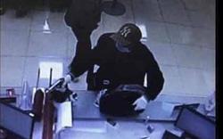 Bí thư Thành ủy Hà Nội Vương Đình Huệ khen lực lượng truy bắt tên cướp ngân hàng tại Sóc Sơn