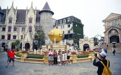 Hình ảnh ngày đầu tiên mở cửa đón du khách tại Khu du lịch lớn nhất miền Trung