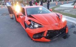 Chevrolet Corvette C8 vừa mua đã bị Hyundai Accent đâm cho toác đầu nhưng bức ảnh trước đó như một điềm báo