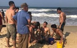 Quảng Trị: 2 người bị đuối nước tử vong khi tắm biển