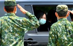 Đài Loan lo ngại loạt tín hiệu Trung Quốc tăng áp lực, quyết