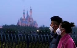 Xếp hàng dài, đông trẻ em và rất nhiều tiếp xúc: Disney tìm cách gì để tái mở cửa loạt công viên?