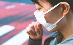 Hút thuốc lá 10 năm, chàng trai 22 tuổi đối mặt với tình trạng giãn nở phế quản, mô phổi bị phá hủy, nhiều u nang bên trong 2 lá phổi