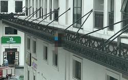 Phát hiện thi thể người đàn ông Hàn Quốc trên lan can chung cư ở Hà Nội