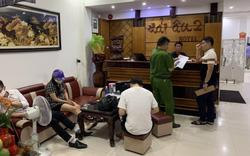 Triệt phá tụ điểm bán dâm tại Quảng Bình