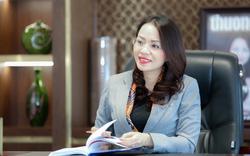 Bà Hương Trần Kiều Dung là Chủ tịch, ông Lê Thành Vinh là Tổng Giám đốc FLC Faros