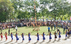 Phát huy và gìn giữ các giá trị văn hóa truyền thống của dân tộc