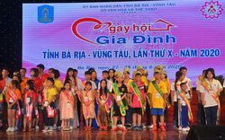 Trao giải cho các gia đình xuất sắc tại Ngày hội Gia đình tỉnh Bà Rịa-Vũng Tàu lần thứ X năm 2020