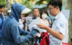 Học sinh Hà Nội thi vào lớp 10: Thí sinh tự tin bước vào phòng thi