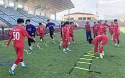 VFF trao tặng trang thiết bị, dụng cụ tập luyện tiêu chuẩn cho các CLB bóng đá nữ