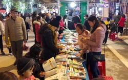 Cao Bằng: Tiếp tục duy trì tổ chức phục vụ độc giả bằng Xe thư viện lưu động tại Phố đi bộ Kim Đồng