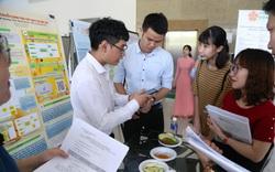 Sinh viên nghiên cứu khoa học ứng dụng để khởi nghiệp