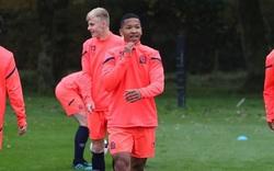 Hậu vệ Ferguson sinh tại Manchester úp mở khả năng về khoác áo đối thủ của Việt Nam