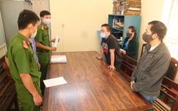 """Bắt 2 nam thanh niên """"mở tiệc"""" ma túy trong quán karaoke nổi tiếng ở Đà Nẵng"""