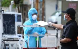 Trao tặng 5 máy thở cho bệnh viện tuyến đầu chống dịch Covid-19