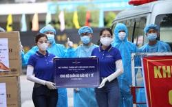 7 bệnh viện ở Đà Nẵng tiếp nhận 7.000 bộ đồ bảo hộ y tế