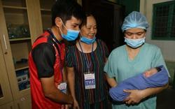 Mổ lấy thai, cứu sống 2 mẹ con sản phụ mắc hội chứng tăng đông máu