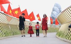 Khu du lịch lớn nhất miền Trung rực rỡ cờ đỏ sao vàng trong ngày đầu đón khách trở lại