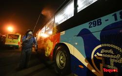 Xe buýt khử khuẩn hằng ngày trong mùa dịch Covid-19