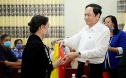 Chủ tịch Ủy ban Trung ương MTTQ Việt Nam thăm gia đình chính sách