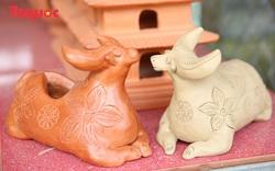 Tết Tân Sửu, về làng gốm hơn 500 tuổi xem nghệ nhân nặn tượng trâu đất