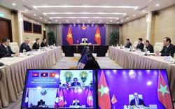 Thủ tướng Việt Nam- Lào- Campuchia thống nhất hợp tác phòng chống đại dịch Covid-19