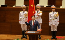 Chùm ảnh: Ông Vương Đình Huệ tuyên thệ nhậm chức Chủ tịch Quốc hội