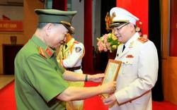 Thăng hàm Trung tướng đối với Chánh Văn phòng Bộ Công an Tô Ân Xô