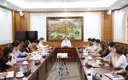 Học viện Múa Việt Nam cần tập trung cao độ, khẩn trương triển khai thực hiện việc cấp bằng cho các học sinh