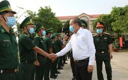 Phó Thủ tướng Trương Hòa Bình kiểm tra, chỉ đạo phòng, chống dịch tại An Giang
