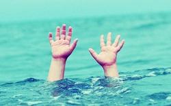 Nam sinh viên tử vong sau khi cứu nhóm bạn đuối nước