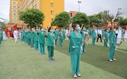 200 cán bộ, y bác sỹ Quảng Ninh lên đường