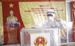 Không khí chuẩn bị cho ngày bầu cử bên trong Bệnh viện K