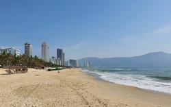 Biển Đà Nẵng vắng hoe, tạm dừng tham quan bán đảo Sơn Trà