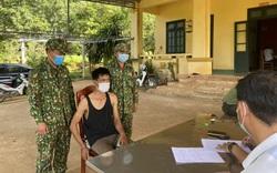 Bắt đối tượng người Lào vận chuyển 38.000 viên ma túy tổng hợp