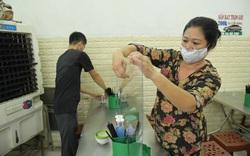 Hà Nội: Dịch vụ cắt tóc, gội đầu, quán ăn được mở lại từ 0h ngày 22/6
