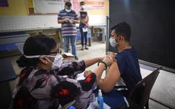 Ấn Độ lập kỷ lục hơn 30 triệu ca mắc Covid-19: Chuyên gia kinh tế cảnh báo về việc nới lỏng hạn chế