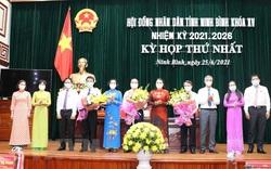 Chủ tịch HĐND, UBND các tỉnh Ninh Bình, Hà Giang đều tái đắc cử