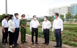 """Chủ tịch Hà Nội: Ưu tiên ngăn chặn mầm bệnh xâm nhập, không """"ngăn sông cấm chợ"""""""